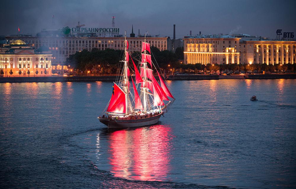 фото на воде алые паруса в питере реальности султан